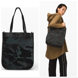 Lululemon Camo Crossbody Tote Bag 15L